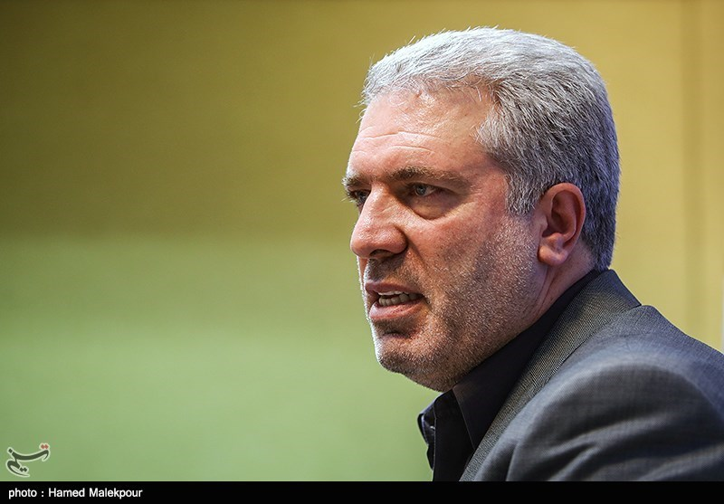 صدور نخستین کارت ارزی خروج از ایران