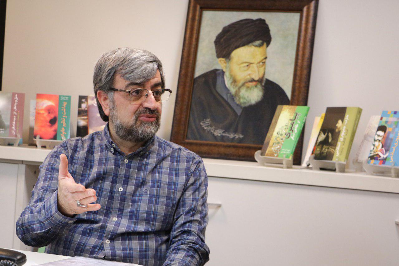 علیرضا بهشتی: شهید بهشتی مخالف حجاب اجباری بود/ حجاب با اجبار جواب نمی دهد/ پیامبر هم این کار را نکرد