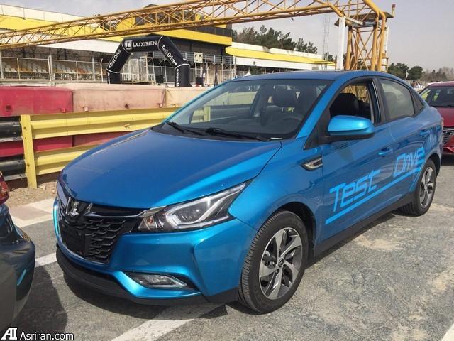 خودروهای  رنگارنگ تایوانی در پیست اتومبیلرانی آزادی / لوکسژن چه حرف هایی برای گفتن دارد (+عکس)