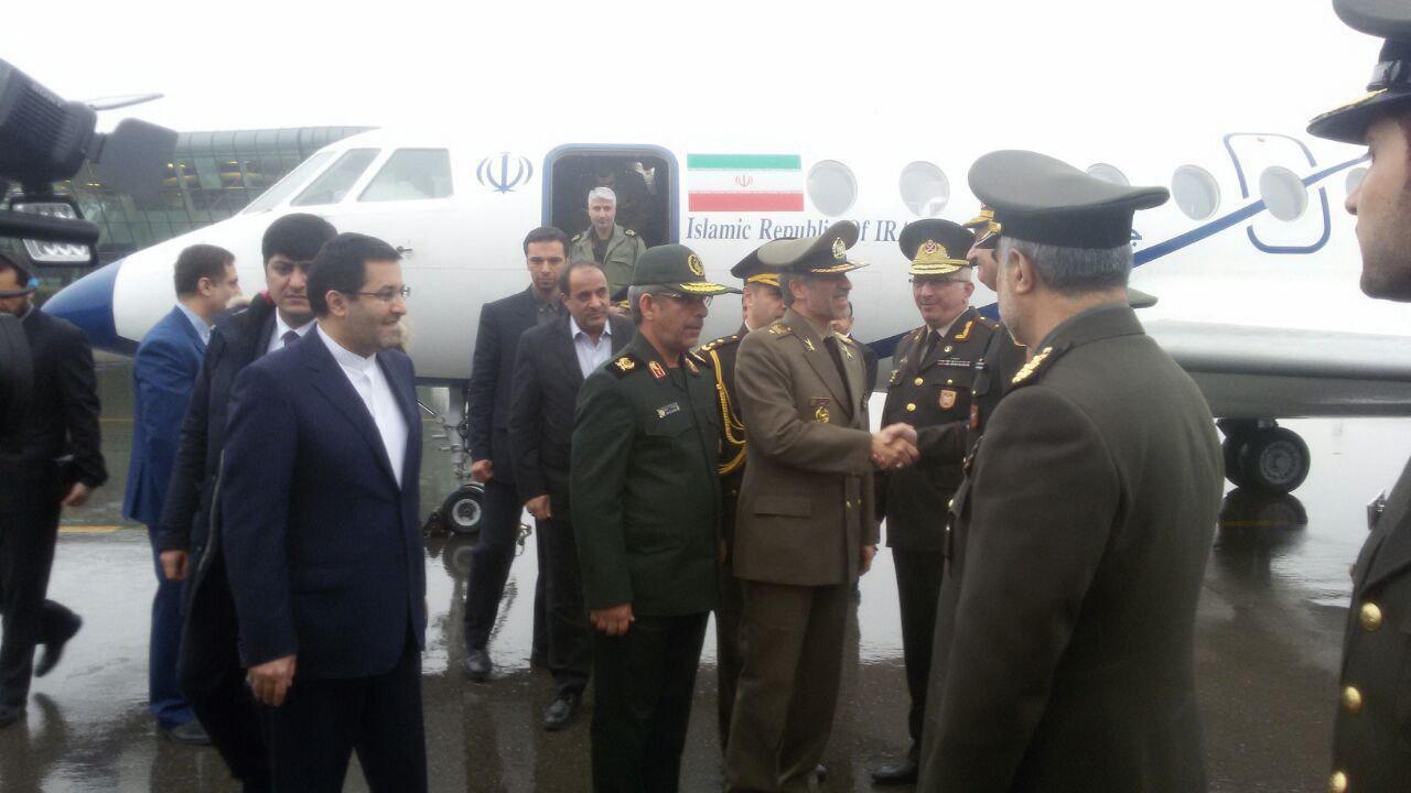 وزیر دفاع کشورمان وارد باکو شد