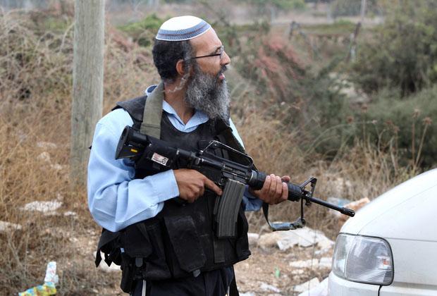 ادعای کمیته فلسطینی: پرداخت یارانه دولت اسراییل به شهروندانش برای کشتن فلسطینیها