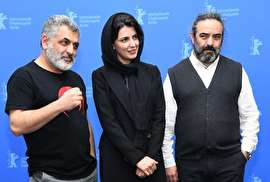 """گزارش تصویری فوتوکال فیلم """"خوک"""" مانی حقیقی در جشنواره برلین 2018 (+عکس)"""