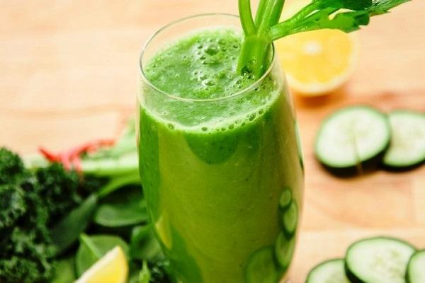 16 دلیل برای مصرف روزانه نوشیدنی خیار