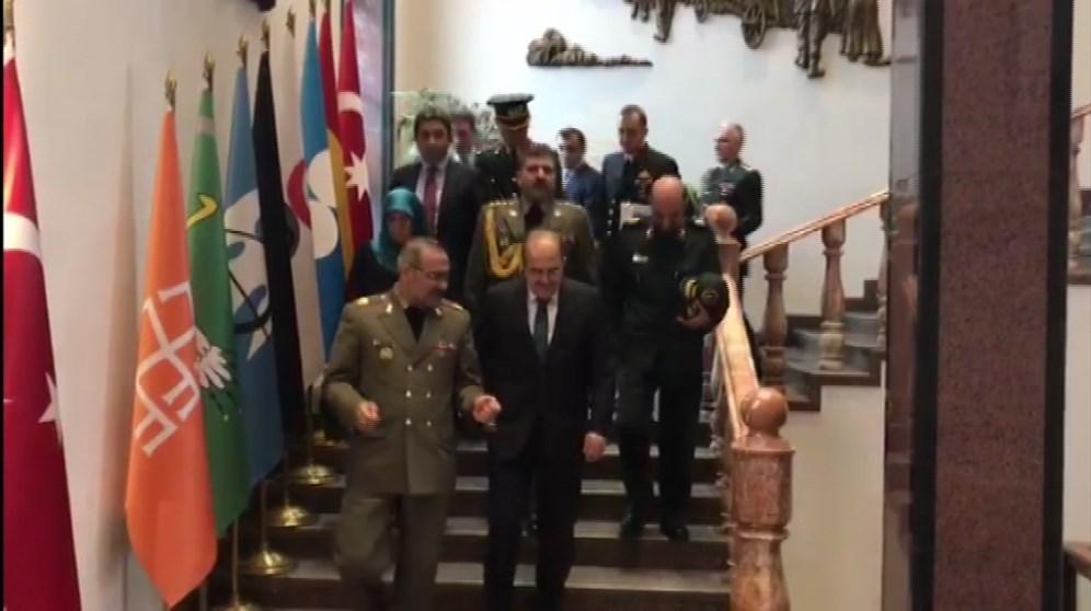 معاون وزیر دفاع با جانشین ستاد کل ترکیه در آنکارا دیدار کرد (+ عکس)