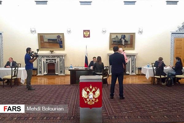 اتباع روس مقیم ایران در انتخابات ریاستجمهوری روسیه شرکت کردند (+عکس)