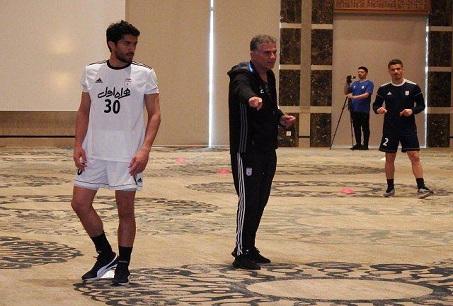 برگزاری تمرین تیم ملی فوتبال در محوطه هتل در تونس