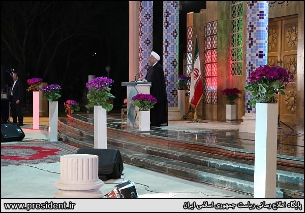 روحاني: سال نو سال توليد ملي و حمايت از كالاي ايراني و سال اشتغال و رونق است