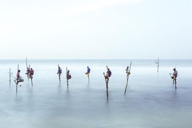روش خاص ماهیگیران سریلانکایی (عکس)
