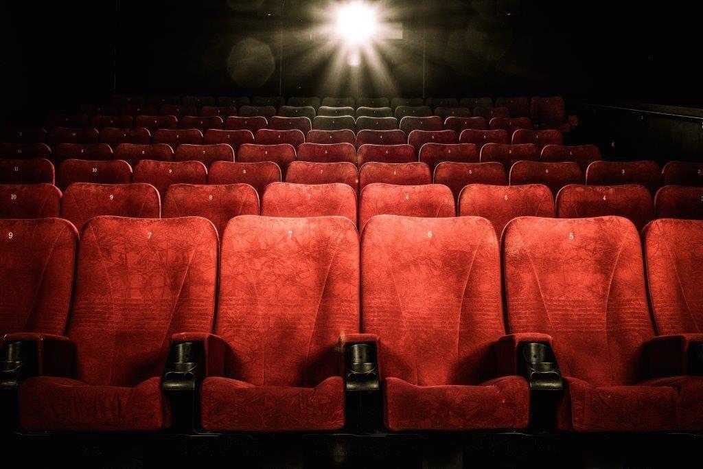 مقایسه سینما ایران و سینمای جهان