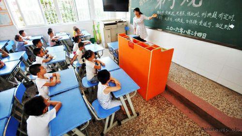 آزمون های متعدد به مغز دانش آموزان صدمه می زند/هدف <a class='no-color' href='http://newsfa.ir/'>مدارس تیزهوشان</a> و نمونه دولتی، موفقیت در کنکور است/مدارس دولتی باید حداقلی از استانداردها را داشته باشند
