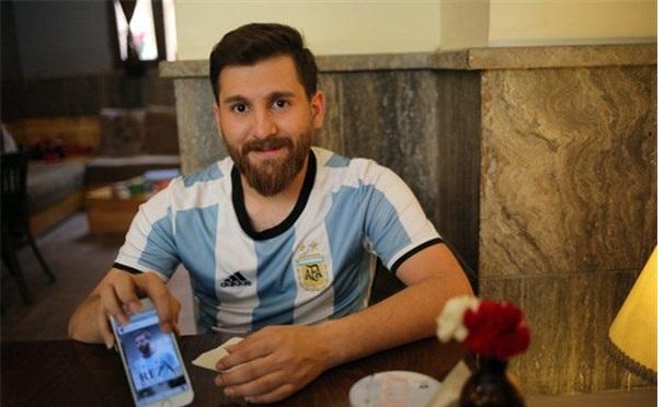 دعوتنامه مسی برای بدل ایرانی (+عکس)