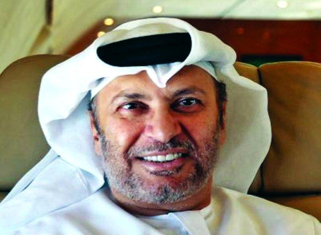 یک مقام اماراتی: ایران در بحرین و منطقه دخالت میکند