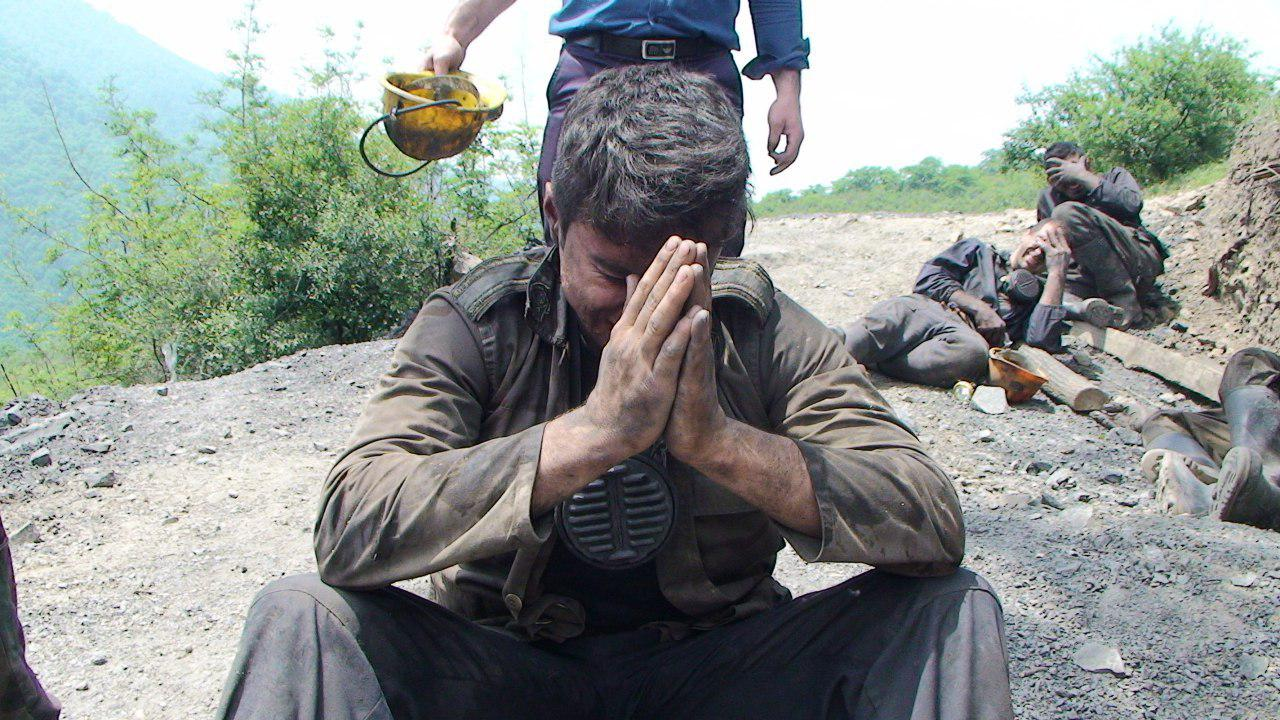 خروج جسد 7 معدنچی دیگر از  معدن آزادشهر/ آمار جانباختگان؛ 42 نفر