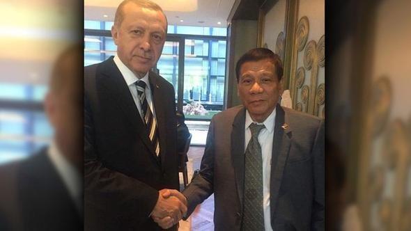 انتشار عکس دیدار اردوغان و دوترته جنجال به پا کرد