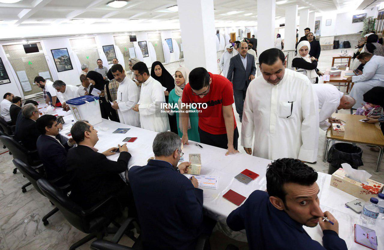 انتخابات ریاست جمهوری: مشارکت کم سابقه مردم در سراسر ایران و جهان / صف های طولانی ادامه دارد / تمدید رای گیری تا ساعت 8 شب