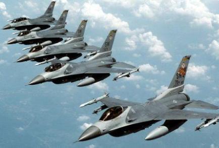آمریکا: حمله جنگندههای آمریکایی به یک کاروان