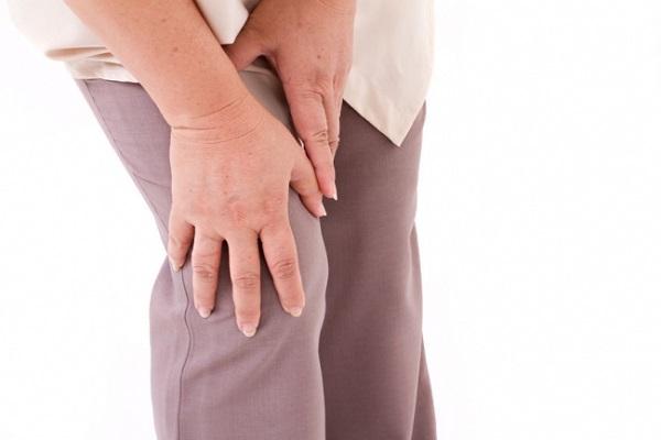 آرتروز زانو؛ نشانهها و درمان