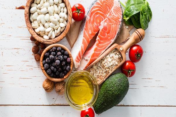 برای کاهش وزن رژیم غذایی کم چرب را کنار بگذارید!