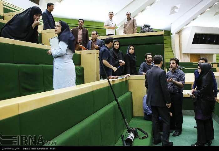 روایت یک خبرنگار پارلمانی از حمله داعش به مجلس/ صدای شلیک و بوی باروت ...