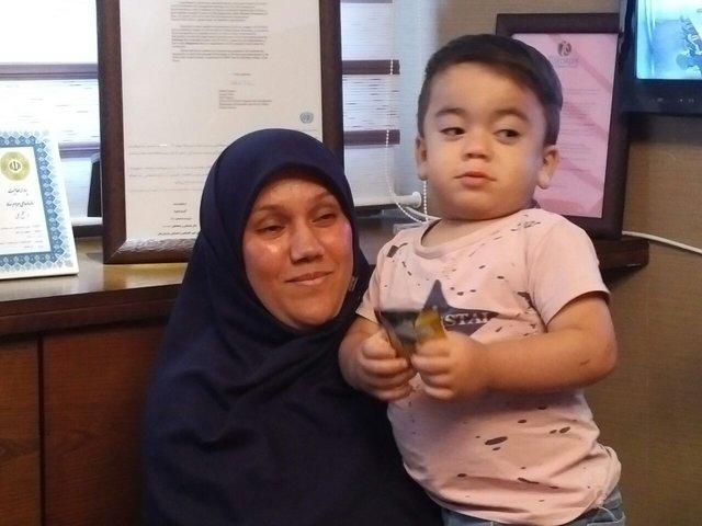 گفتوگو با مادر معروفترین نجاتیافته حادثه تروریستی مجلس