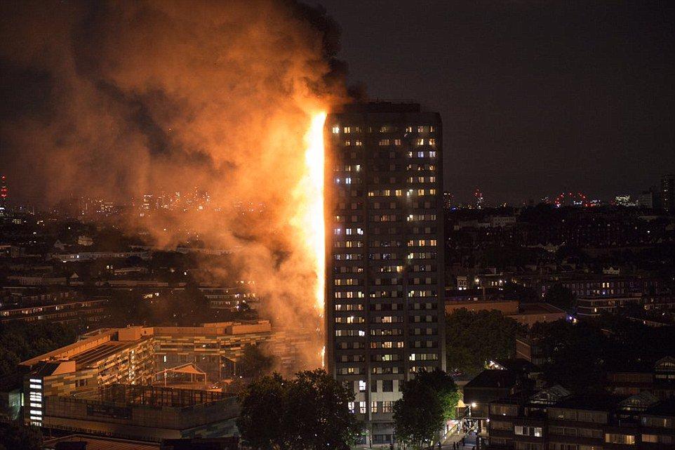 آتش سوزی در برج 27 طبقه لندن + عکس و فیلم