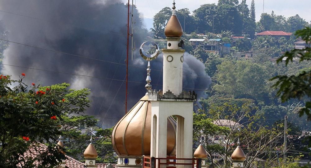 ادامه اشغال یک شهر فیلیپین توسط داعش / اعزام نیروهای آمریکایی / آیا فیلیپین مقصد جدید داعش خواهد بود؟