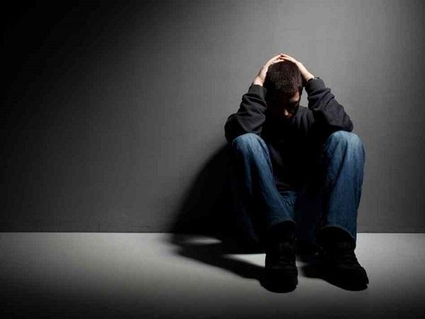 6 علامت افسردگی مالیخولیایی