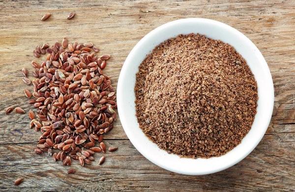 دانه کتان؛ ابرماده غذایی برای پوستی سالم و درخشان