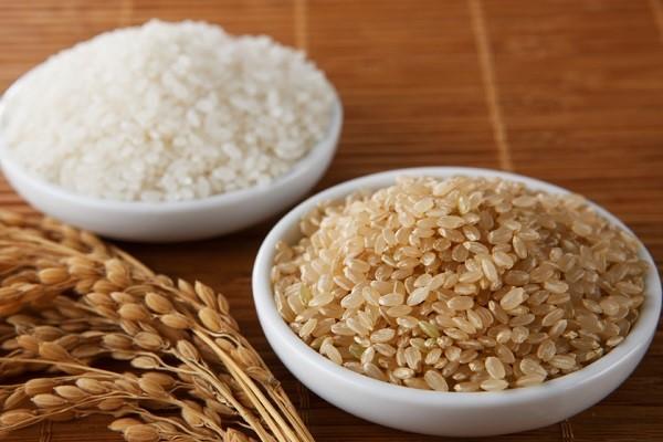 برنج قهوهای در برابر برنج سفید