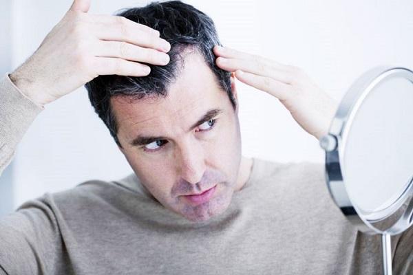 5 دلیل برای این که سفید شدن مو را نادیده نگیرید
