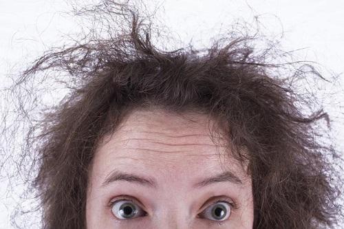 درمانی طبیعی برای خشکی مو