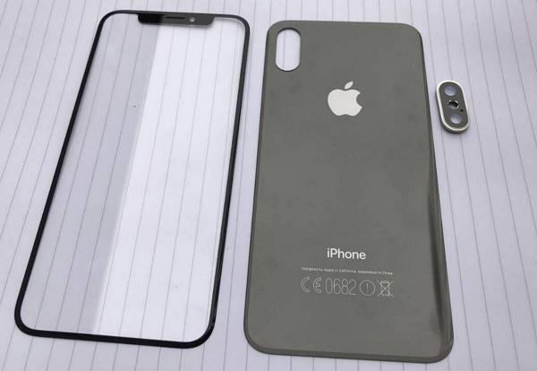 دردسرهای اپل با آیفون 8 ! (+عکس)