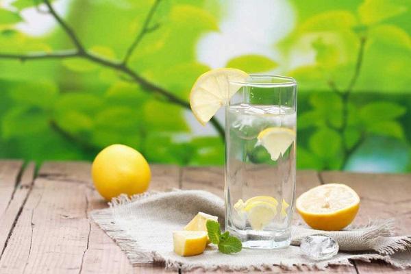 آیا آب لیمو به کاهش وزن کمک میکند؟
