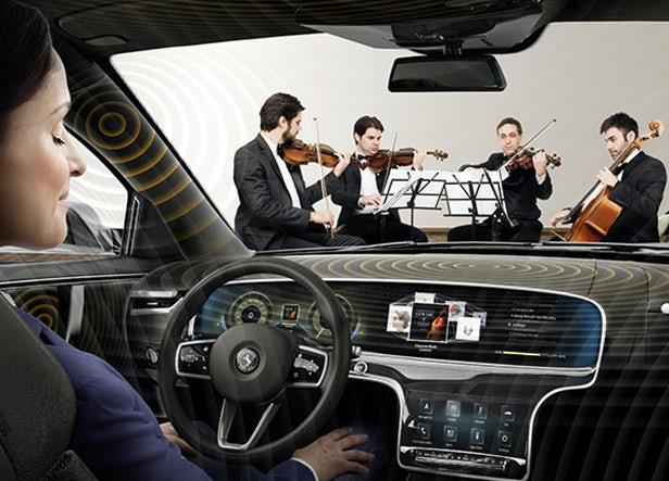 کنسرت زنده را به درون خودرو ببرید