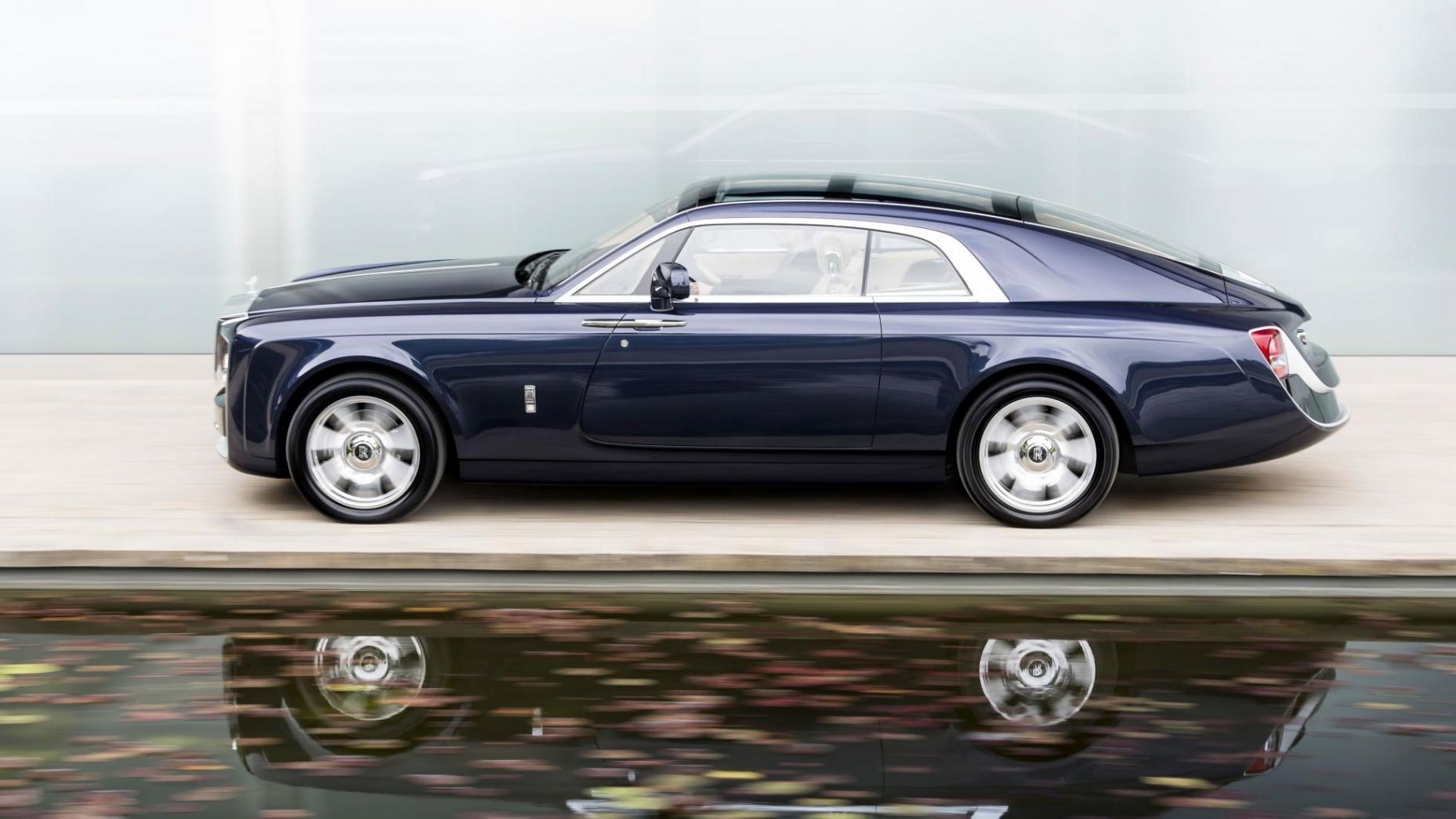 آنچه با پول قرارداد نیمار در دنیای خودرو برابری میکند/از خرید بیش از ۳۳ هزار ساندرو تا ۸۰ بوگاتی و … (+عکس)