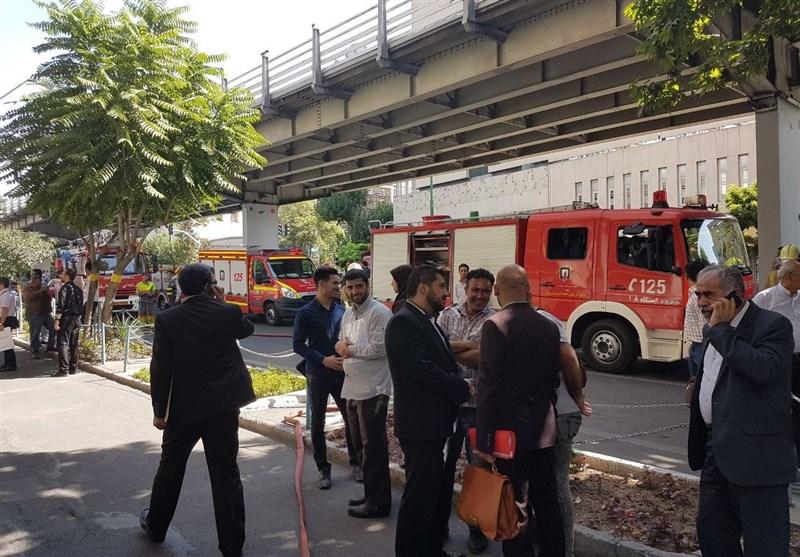 آتش در وزارت نفت/ ساختمان مرکزی تخلیه شد