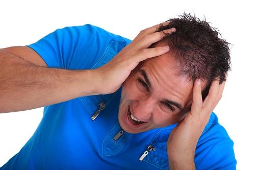 اگر به ریزش موی شدید مبتلا هستید؛ بخوانید!