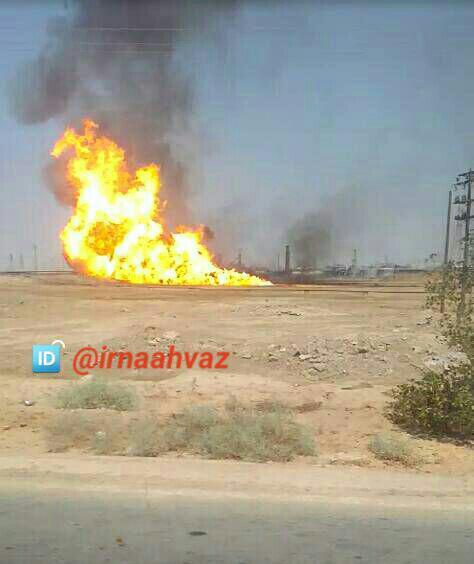 خط لوله گاز در منطقه کریت کمپ اهواز دچار آتشسوزی شد