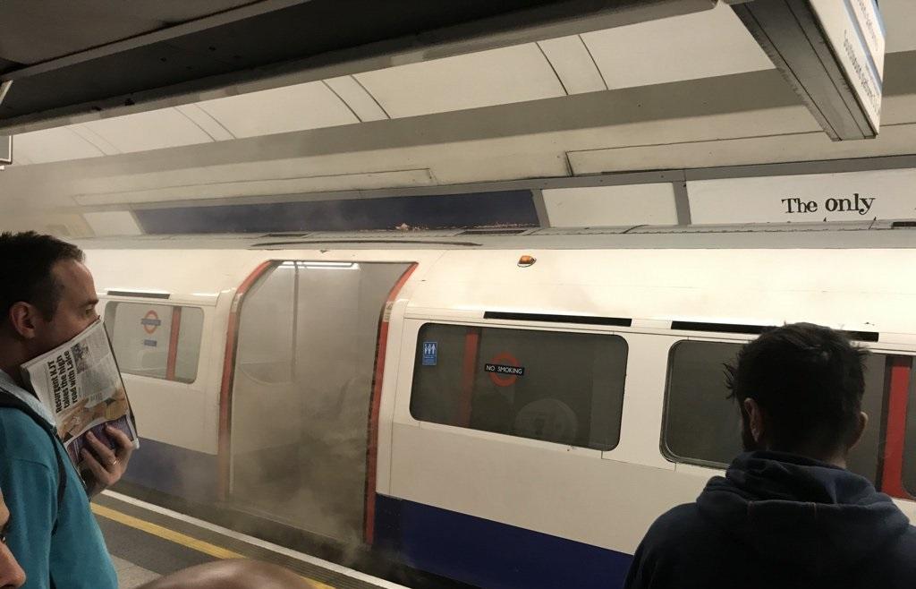 آتشسوزی در متروی لندن/ ایستگاه آکسفورد تخلیه شد