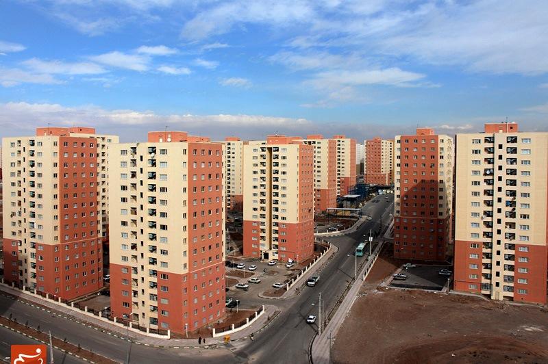 رونق بازار مسکن درگیر اما و اگر/ده ها هزار واحد خانه خالی، خانه دوم خانواده است