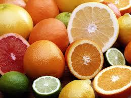 مصرف بیش از حد ویتامین C، سنگ کلیه میآورد