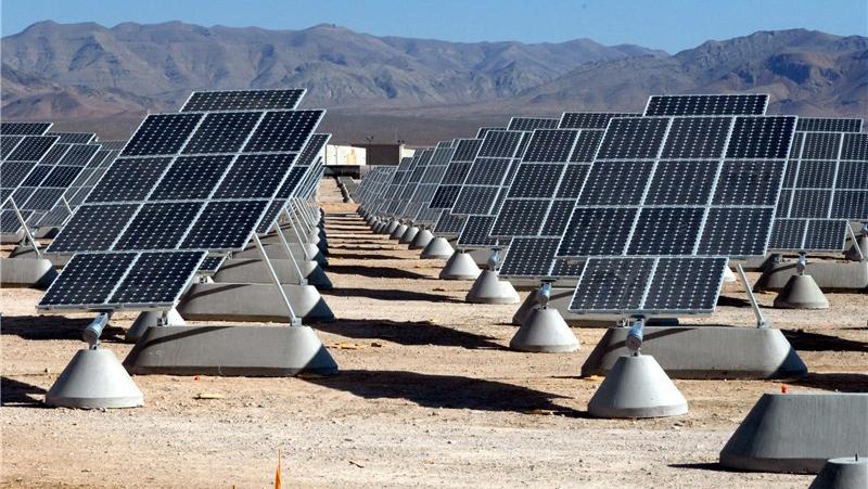 هدفمند سازی یارانه ها با صنعت برق ایران چه کرد ؟ /ایران، از هاب انرژی تا بحران مالی تولید کنندگان برق