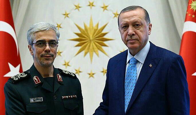 دیدار رئیس ستاد کل نیروهای مسلح ایران با اردوغان (+عکس)