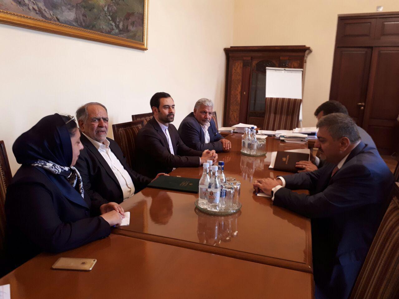 تفاهم نامه همکاری مناطق آزاد ایران و ارمنستان (+عکس)