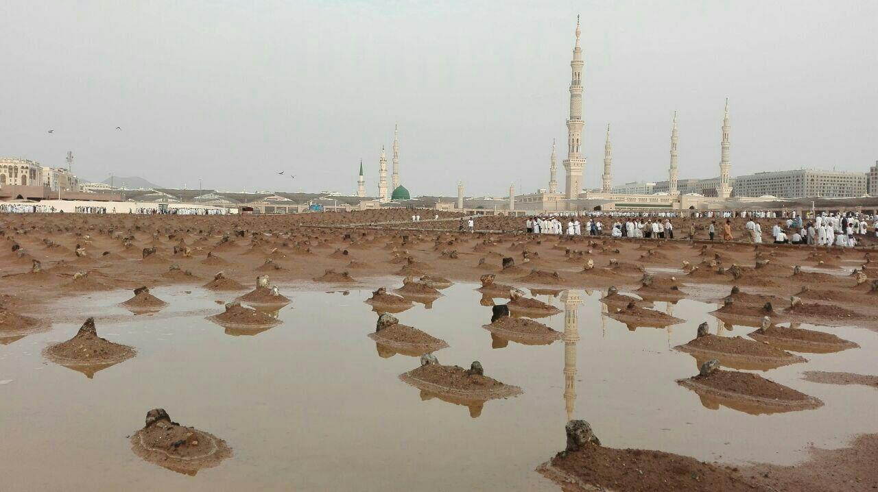 قبرستان بقیع بعد از باران تابستانی (عکس)