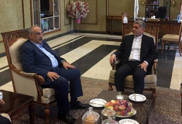 دیدار کرباسیان با طیبنیا پس از کسب رای اعتماد از مجلس (عکس)