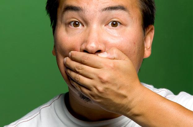 از دلایل بوی بد دهان