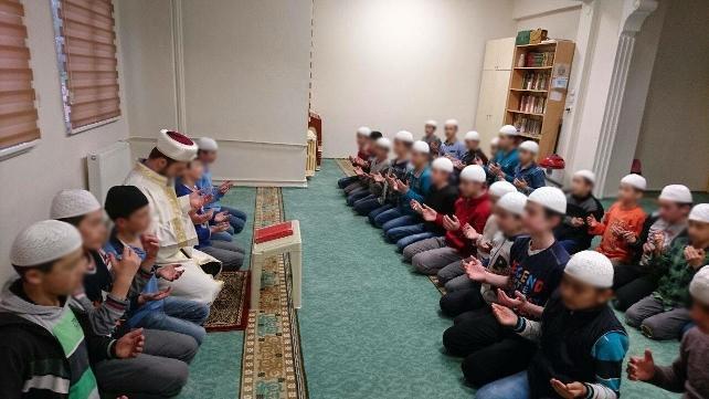 حکم متجاوز سریالی به پسران قرآن آموز در ترکیه صادر شد: 203 سال و 171 ماه و 45 روز زندان