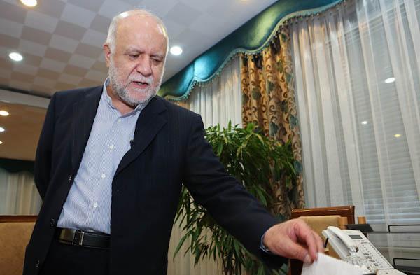 زنگنه: به احمدی نژادگفتم سرپل صراط یقه ات را می گیرم،اما خدا در همین دنیا یقه اش را گرفت