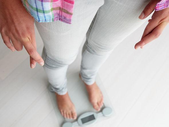 نشانههایی از چربی سوزی واقعی و نه کاهش وزن آبی